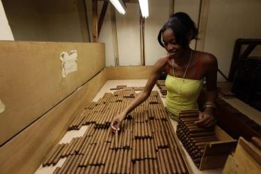 Как делаются настоящие кубинские сигары